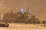 Сильный ливневый снег обрушился впонедельник наМоскву