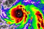 Максимально опасный ураган «Мария» грозится уничтожить Пуэрто-Рико